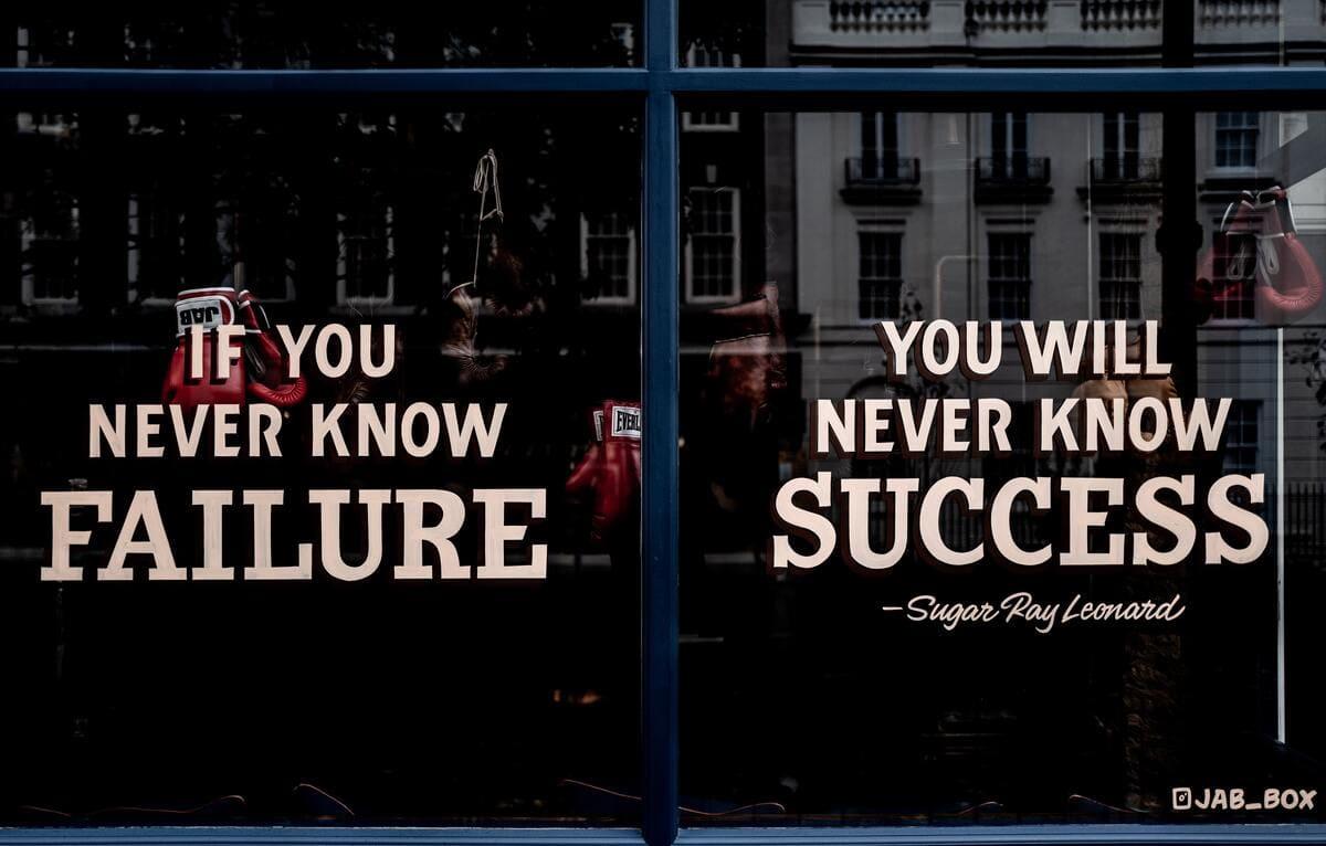 副業で成功する人の特徴3つと失敗する人の特徴3つ